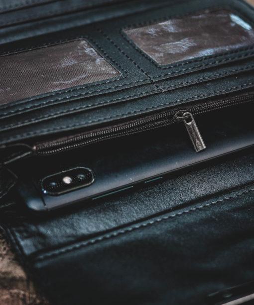 luxshe luminous wallet inside